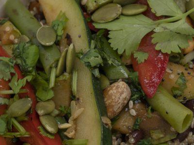 quinoa con adzuki, cacahuetes y verduritas (3)